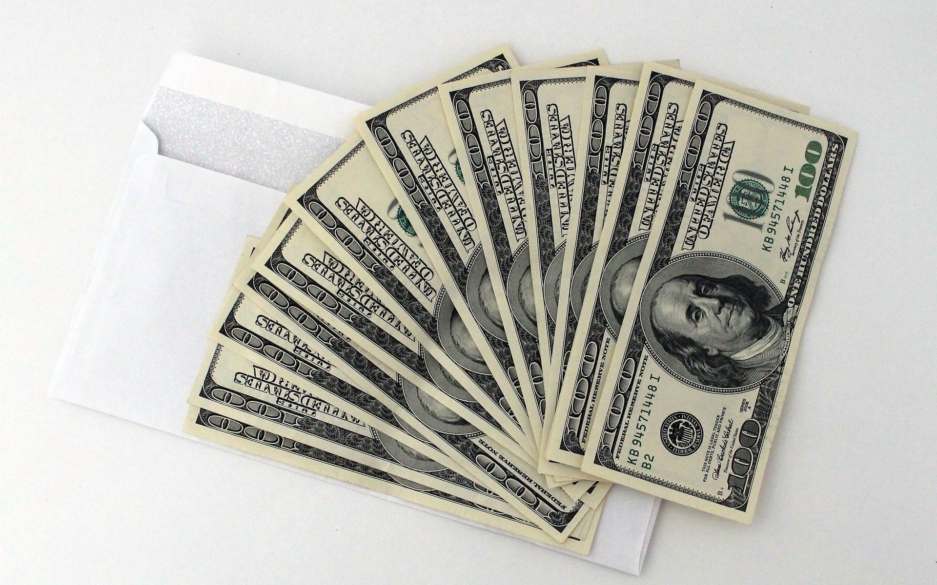 Dolárové úspory