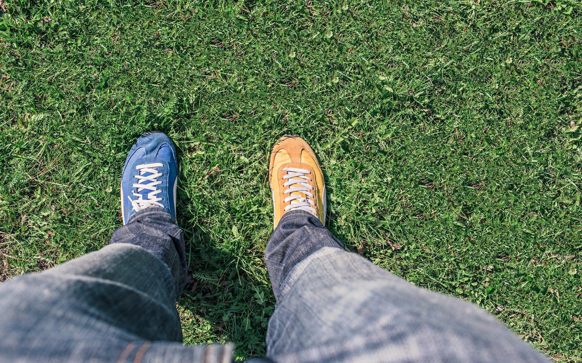 Dve nohy rovnakého človeka